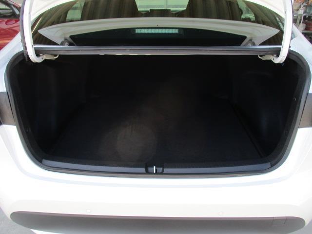 S フルセグ ミュージックプレイヤー接続可 バックカメラ 衝突被害軽減システム ETC ドラレコ LEDヘッドランプ(10枚目)