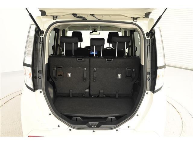 幅広いバックドア開口部と低い荷室フロアで、重い荷物もラクに積み下ろしできます!