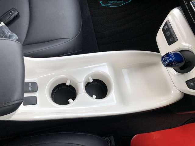 Aツーリングセレクション Toyota safety sense P 純正ナビTV Bluetooth接続 バックカメラ ETC シートヒーター 衝突被害軽減システム LEDヘッドランプ(15枚目)