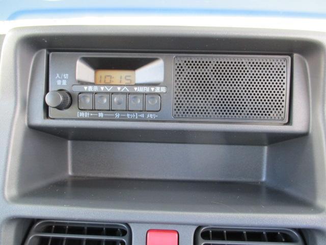 AM/FMラジオ標準装備です