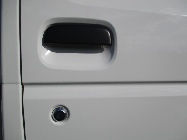 運転席側ドアパネル