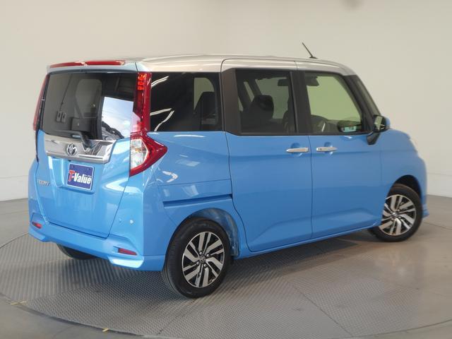 安心2.修復歴やキズの有無などクルマの状態を正しく評価できる「トヨタ認定車両検査員」が、自動車オークションで適用される公正な車両評価基準にそって、厳正に検査を行います。