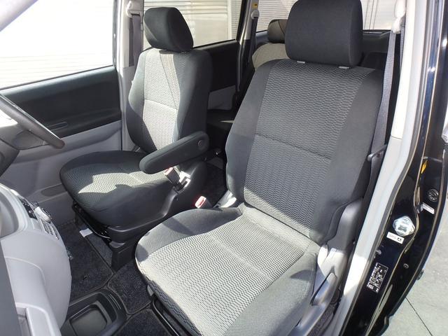 「トヨタ」「ヴォクシー」「ミニバン・ワンボックス」「岐阜県」の中古車52