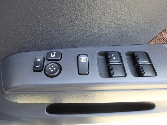 X DVDビデオ/CD再生機能付きデッキ スマートキー プッシュスタート オートエアコン ETC車載器 ダブルエアバッグ ABS 衝突安全ボディ ベンチシート フルフラットシート CVTオートマ(53枚目)