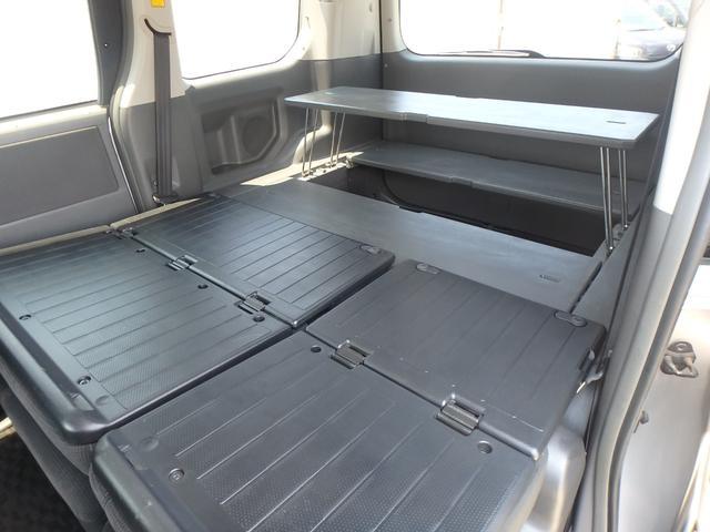 トランス-X タープ/マット付車中泊仕様車 デッキボード 5人乗り4ナンバー登録可 ダブルエアコン 純正HIDヘッドライト ナビ ワンセグテレビ DVDビデオ再生 ETC車載器 Wエアバッグ ABS(11枚目)