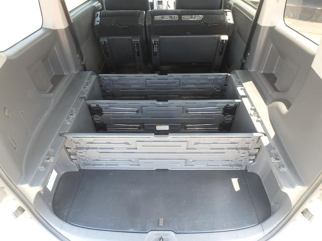 トランス-X タープ/マット付車中泊仕様車 デッキボード 5人乗り4ナンバー登録可 ダブルエアコン 純正HIDヘッドライト ナビ ワンセグテレビ DVDビデオ再生 ETC車載器 Wエアバッグ ABS(19枚目)