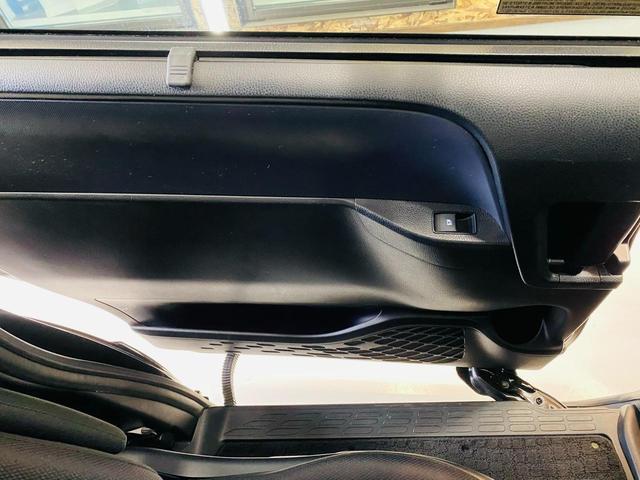 Si 福祉車両 サイドリフトアップシート 両側電動スライドドア スマートキー ナビ TV(フルセグ) DVD再生 Bluetooth接続 後席モニター ETC 衝突被害軽減システム オートマチックハイビーム(67枚目)
