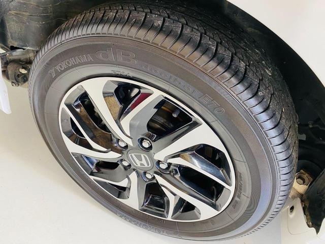 スパーダ ホンダセンシング 福祉車両 サイドリフトアップシート 車線逸脱 横滑り防止装置 ナビTV オートエアコン バックカメラ 両側電動SD 禁煙 オートライト DVD スマートキー フルセグ ETC Wエアコン ABS(44枚目)