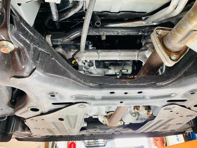 スパーダ ホンダセンシング 福祉車両 サイドリフトアップシート 車線逸脱 横滑り防止装置 ナビTV オートエアコン バックカメラ 両側電動SD 禁煙 オートライト DVD スマートキー フルセグ ETC Wエアコン ABS(65枚目)