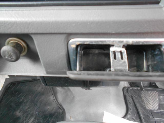 VX-SE 4WDHi-LO切り替え付き 三方開 作業灯 エアコン パワーステアリング MT5速(31枚目)
