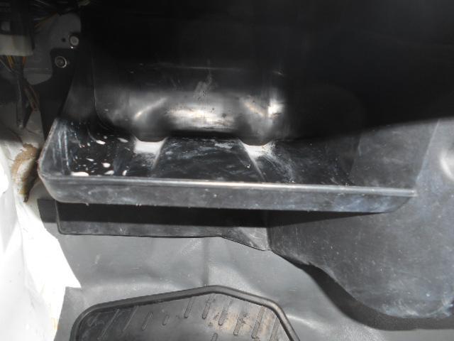 VX-SE 4WDHi-LO切り替え付き 三方開 作業灯 エアコン パワーステアリング MT5速(35枚目)