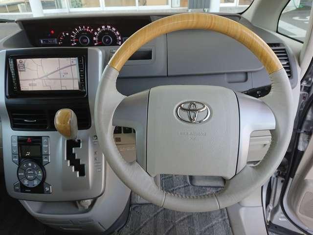 「トヨタ」「ノア」「ミニバン・ワンボックス」「富山県」の中古車8