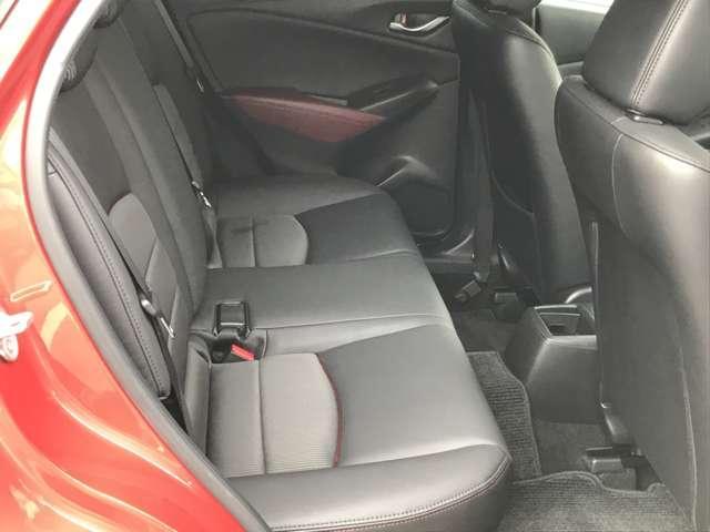 1.5 XD ツーリング ディーゼルターボ 4WD NAVI アルミ 1オナ バックカメ オートクルーズ ETC 4WD ナビ シートヒーター スマートキー ターボ メモリーナビ 記録簿 スマートシティブレーキ ブルートゥース LEDヘッドライト(13枚目)