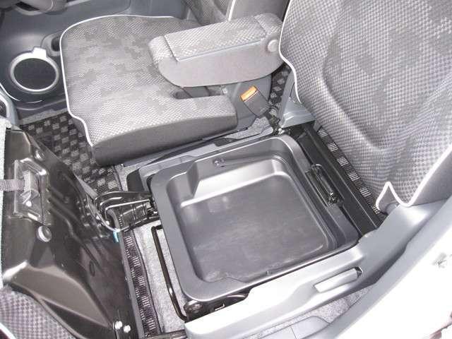 XT 4WD メモリーナビ バックカメラ ETC(13枚目)