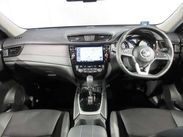 2.0 20Xi ハイブリッド 4WD 当社試乗車 メモリーナビ プロパイロット(4枚目)