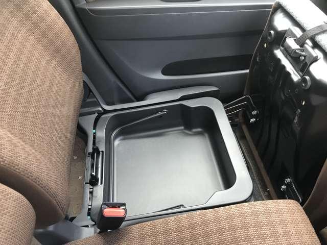 X FOUR 4WD ナビ ワンセグTV Bluetooth接続可 レーンアシスト オートエアコン シートヒーター プッシュスタート 純正13インチアルミ(15枚目)