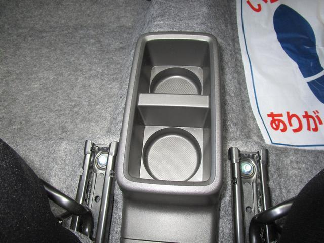F 4WD 3型 5オートギヤシフト/CDプレーヤー装着車(32枚目)