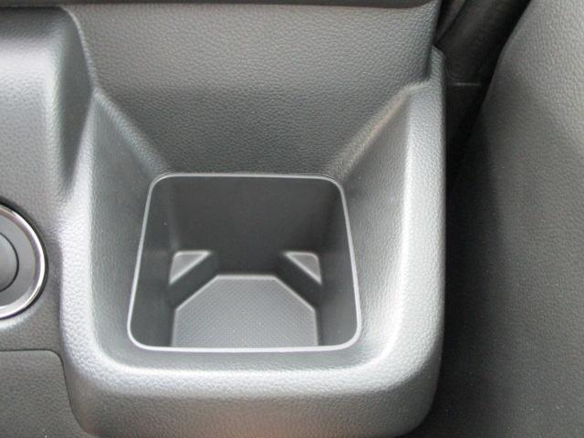 運転席カップホルダー付