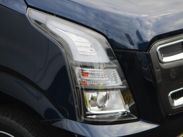 LEDヘッドライトで遠くまで明るく照らします!純正フォグランプ標準装備