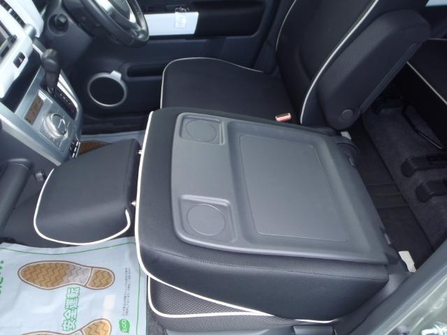 Xターボ  4WD HID バックカメラ ナビフルセグ(14枚目)