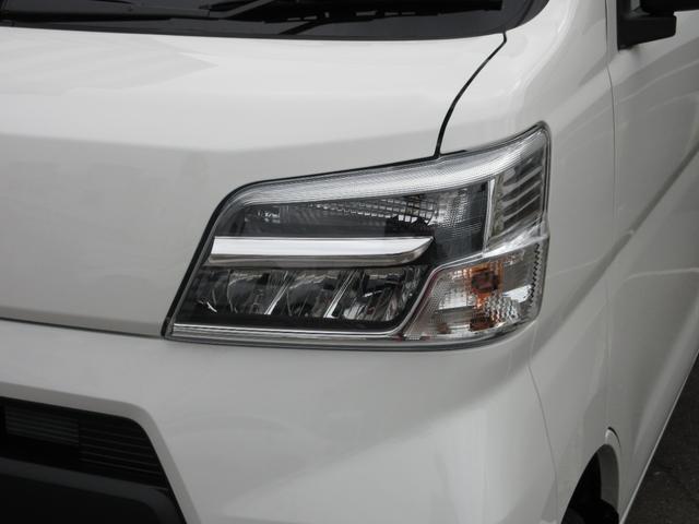 デラックスSAIII ワンオーナー車 キーレスエントリー LEDヘッドランプ オートライト オートハイビーム アイドリングストップ 衝突被害軽減システム VSC(27枚目)