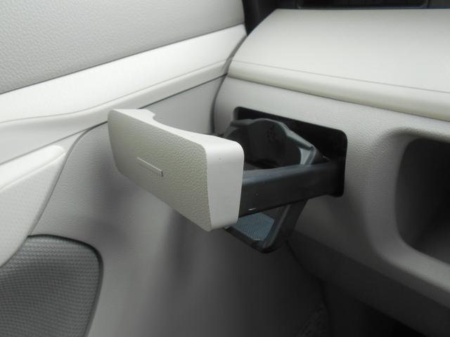 L SAIII ワンオーナー車 キーレスエントリー 衝突被害軽減システム 誤発進抑制制御機能 レーンアシスト オートマチックハイビーム アイドリングストップ 衝突安全ボディ VSC(16枚目)