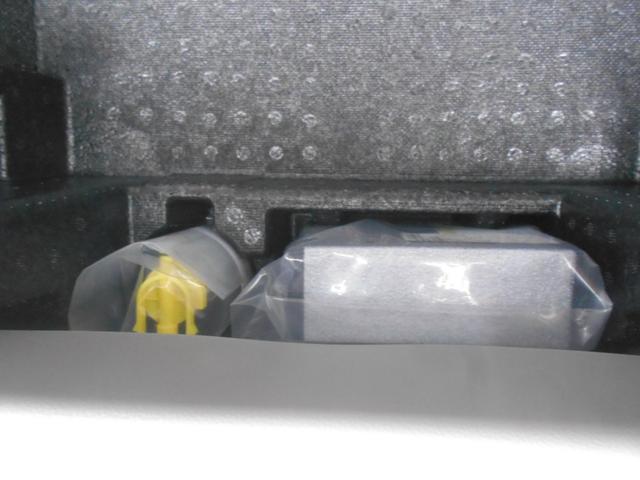 L SAIII ワンオーナー車 キーレスエントリー 衝突被害軽減システム 誤発進抑制制御機能 レーンアシスト オートマチックハイビーム 衝突安全ボディ アイドリングストップ VSC(32枚目)