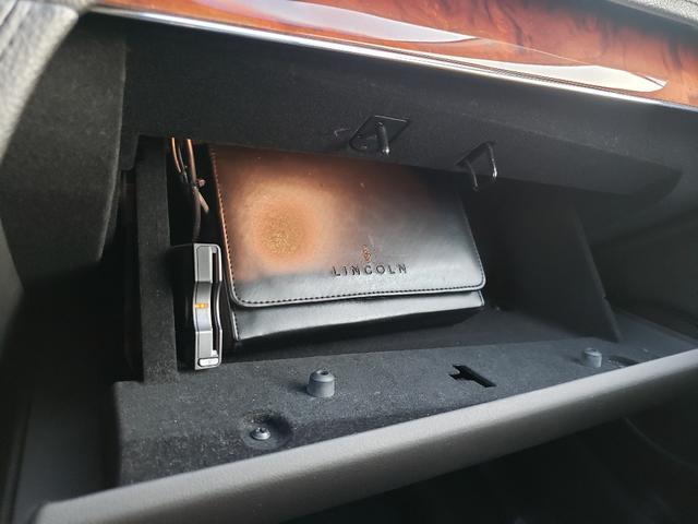 「リンカーン」「リンカーン MKT」「SUV・クロカン」「愛知県」の中古車42