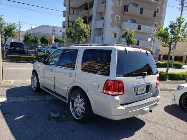 「リンカーン」「リンカーン ナビゲーター」「SUV・クロカン」「愛知県」の中古車10