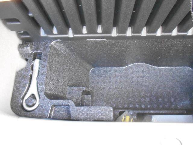 L SAIII ワンオーナー車 衝突被害軽減システム 誤発進抑制制御機能 レーンアシスト オートマチックハイビーム キーレスエントリー(32枚目)