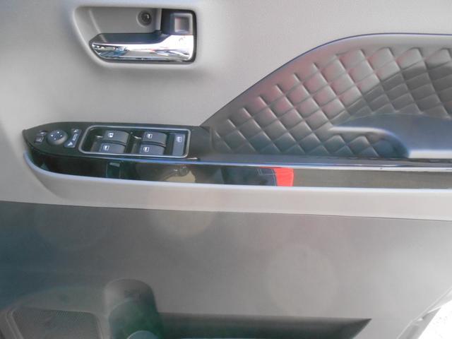 カスタムRS LEDヘッドライト付き 禁煙車(12枚目)