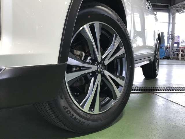 2.0 20Xi 2列車 4WD 360°ビューモニター 全周囲モニター LEDヘッドランプ Pバックドア 衝突被害軽減システム メモリナビ Bカメラ クリアランスソナー アルミホイール 4WD スマートキー フルセグ DVD ABS(17枚目)