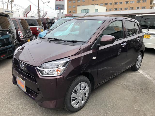 左側面からの写真です。ダイハツの認定U-CARは新車メーカー保証に準じた1年間無償の「まごころ保証」が付いています。