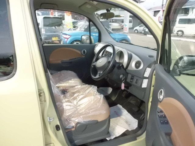 ダイハツ ムーヴラテ L 4WD キーレス CDオーディオ 電動格納ドアミラー