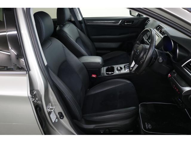 ゆったり座れる大きめサイズ★上質な本革シートを採用。電動でシート位置の微調整ができ、自分ぴったりの姿勢でドライブが楽しめます!