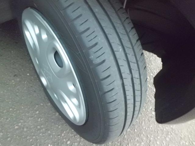 タイヤ溝あり