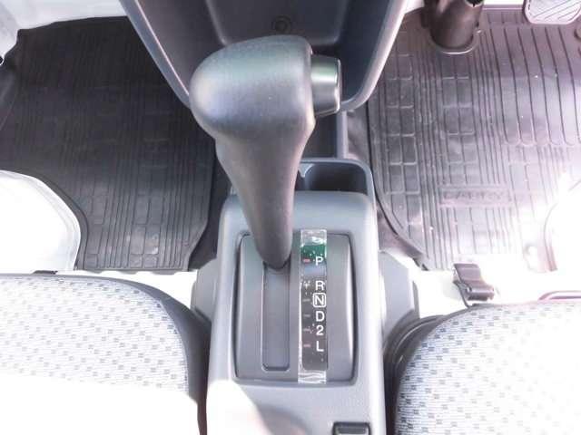 運転する人を選ばないフロアオートマです。