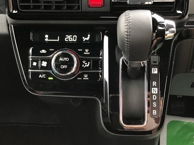 カスタムRSセレクション 両側電動スライドドア・コーナーセンサー・プッシュボタンスタート・ステアリングスイッチ・ETC・オートエアコン・シートヒーター・アルミホイール・キーフリーシステム・パワーウィンドウ(12枚目)