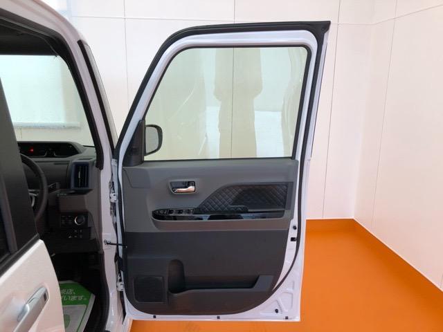 カスタムRSセレクション 両側電動スライドドア・コーナーセンサー・プッシュボタンスタート・ステアリングスイッチ・ETC・オートエアコン・シートヒーター・アルミホイール・キーフリーシステム・パワーウィンドウ(39枚目)