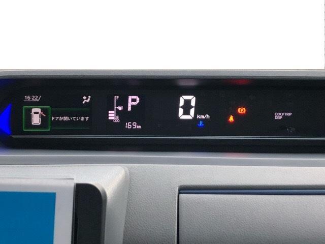 カスタムRS 両側電動スライドドア・パノラマカメラ・コーナーセンサー・シートヒーター・プッシュボタンスタート・ステアリングスイッチ・アルミホイール・オートエアコン・キーフリーシステム・エコアイドル(6枚目)