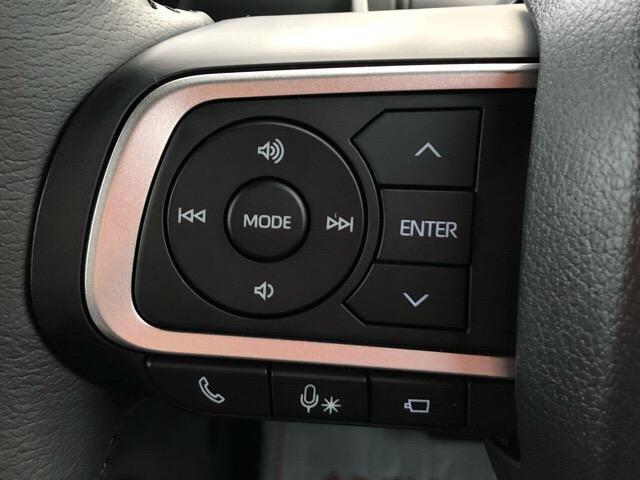 カスタムRS 両側電動スライドドア・パノラマカメラ・コーナーセンサー・シートヒーター・プッシュボタンスタート・ステアリングスイッチ・アルミホイール・オートエアコン・キーフリーシステム・エコアイドル(9枚目)
