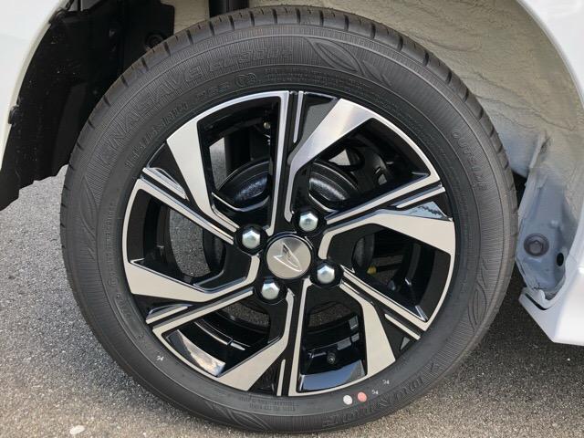 カスタムX 届出済未使用車・両側電動スライドドア・プッシュボタンスタート・ステアリングスイッチ・コーナーセンサー・アルミホイール・バックカメラ・キーフリーシステム・オートエアコン・パワーウィンドウ(30枚目)