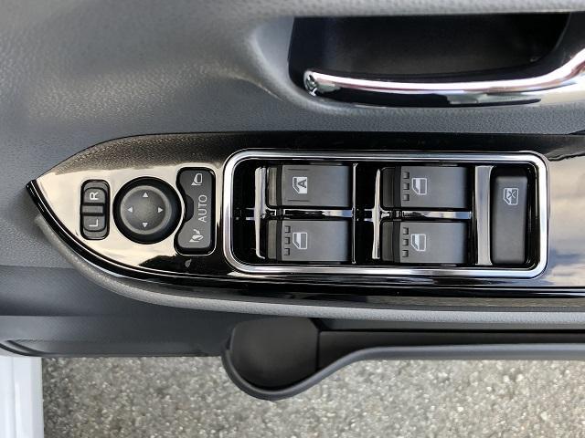 カスタムX 届出済未使用車・両側電動スライドドア・プッシュボタンスタート・ステアリングスイッチ・コーナーセンサー・アルミホイール・バックカメラ・キーフリーシステム・オートエアコン・パワーウィンドウ(39枚目)
