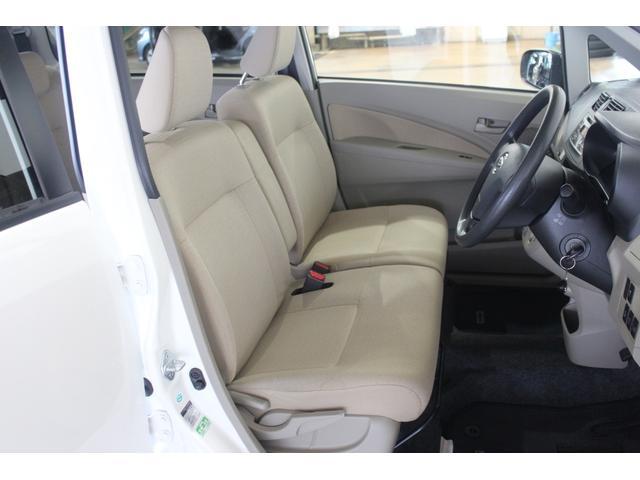 L SA 4WD キーレス 純正CDデッキ(9枚目)
