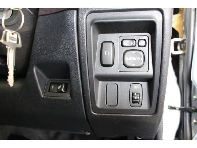 エクシード 4WD キーレス 社外ナビ付(17枚目)