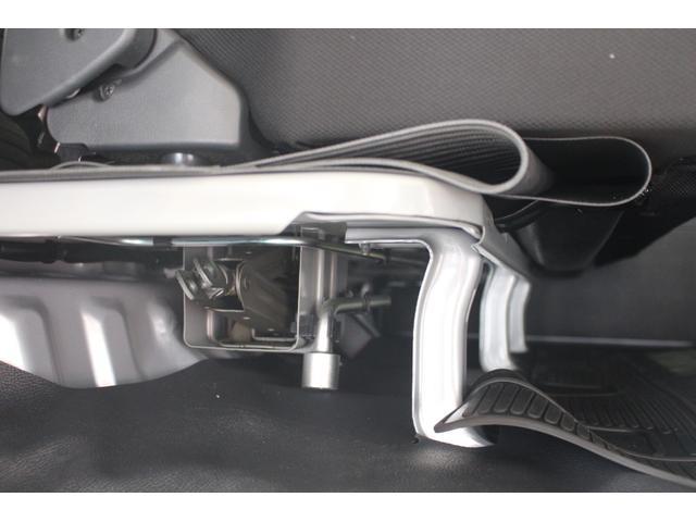 デラックスSAIII 4WD 4WD キーレス 純正ラジオ 両側スライドドア 衝突被害軽減システム(21枚目)