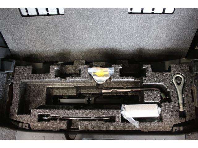 カスタムX. スマートキー 純正アルミホイール オート格納式ドアミラー 両側電動スライドドア コーナーセンサー 衝突被害軽減システム(17枚目)