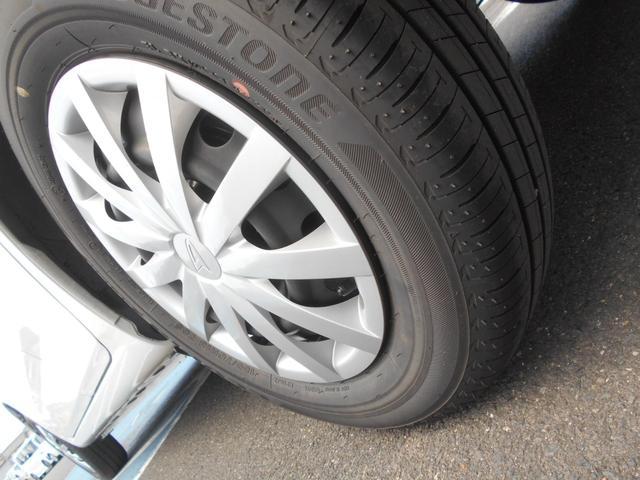 L SAIII ワンオーナー車 キーレスエントリー オートライト オートハイビーム アイドリングストップ クリアランスソナー 衝突被害軽減システム 衝突安全ボディ カーペットマット(36枚目)