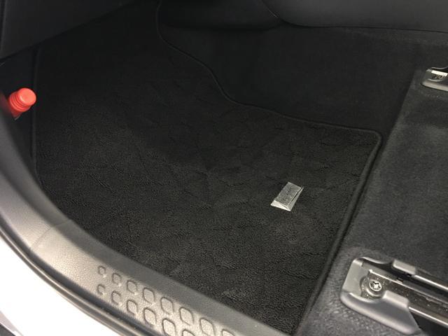 「トヨタ」「C-HR」「SUV・クロカン」「静岡県」の中古車34
