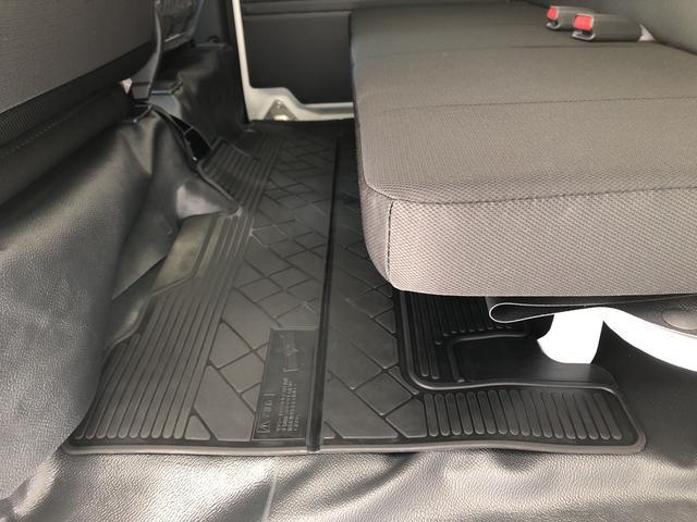 デラックスSAIII 5速MT 保証付き 衝突被害軽減機能 横滑り防止機能 先行者発進お知らせ機能 緊急ブレーキ LEDヘッドライト 運転席シートスライド アイドリングストップ ハイルーフ キーレスエントリー(9枚目)